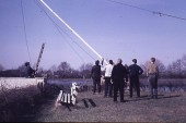 Flaggenmast wird gestellt am Elsterstausee